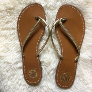 Tory Burch Metallic Gold Thong Leather Sandal 11